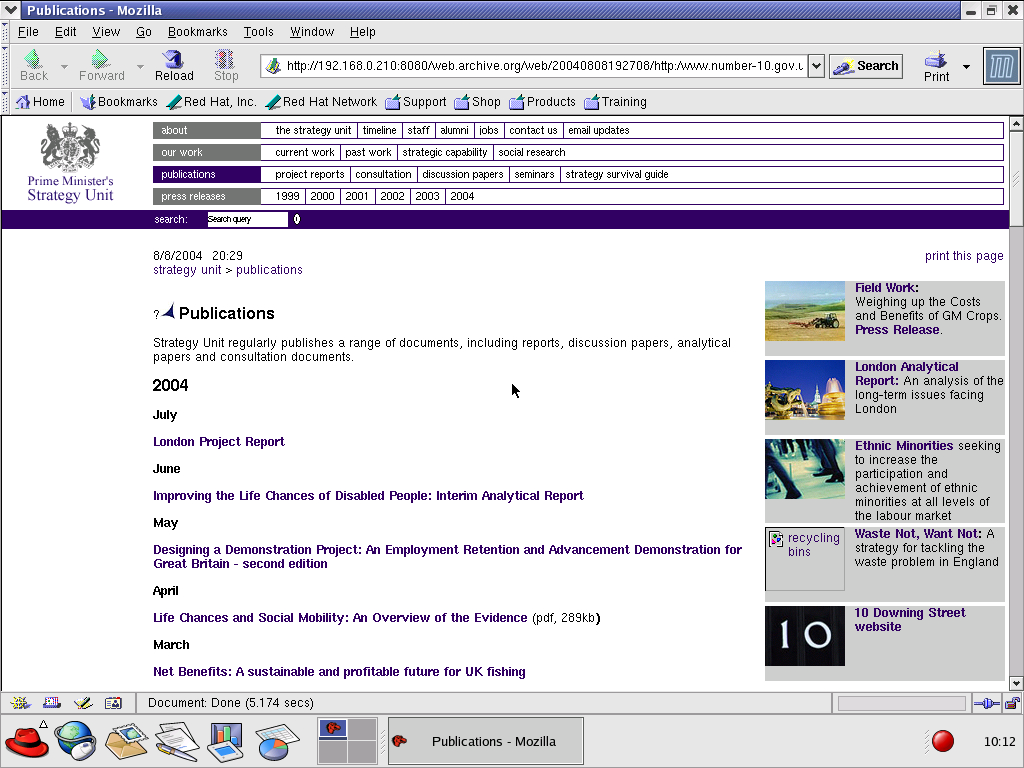 Red Hat 8.0 with Mozilla Suite 1.0 displaying a page from Office of the Prime Minister archived at August 08, 2004 at 19:27:08